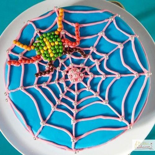 Makerist - Spider Girl Torte - Torten, Cake Pops und Cupcakes - 3