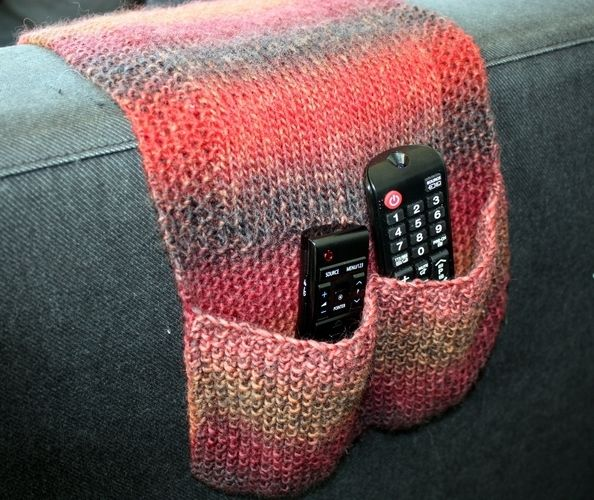 Makerist - Remote Control Holder / Caddy - Knitting Showcase - 2