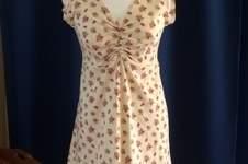 """Makerist - Kleid mit Raffung aus Baumwolljersey für meine Tochter  aus dem Anleitunsvideo """" ein Kleid 4 Styles"""" - 1"""