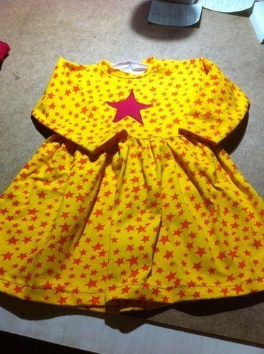 Makerist - Sterne -Kleid   für meine Enkelin  gr. 92 - Nähprojekte - 1