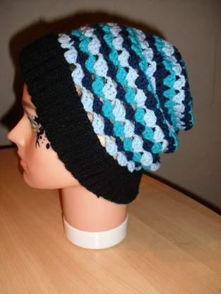 Makerist - 4farbige Mütze - gestrickt und gehäkelt - 1