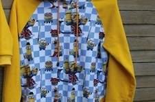 Makerist - Kuscheliger Hoodie im Minion Style  - 1