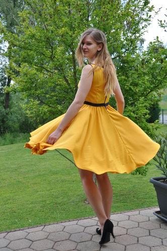 Makerist - Erstes Kleid - Nähprojekte - 1