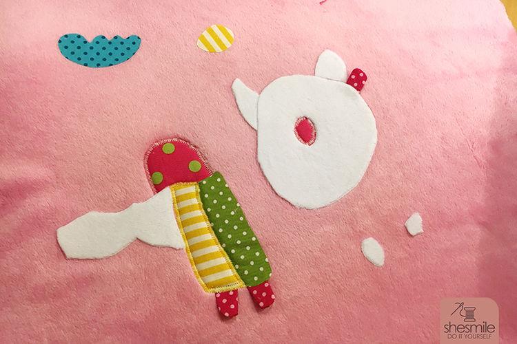 Makerist - Eine Kinderzeichnung wird zum Kuschelkissen - Nähprojekte - 3