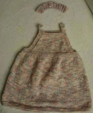 Makerist - Baby Strickkleidchen mit  passendem Stirnband für mein Enkelchen - 1