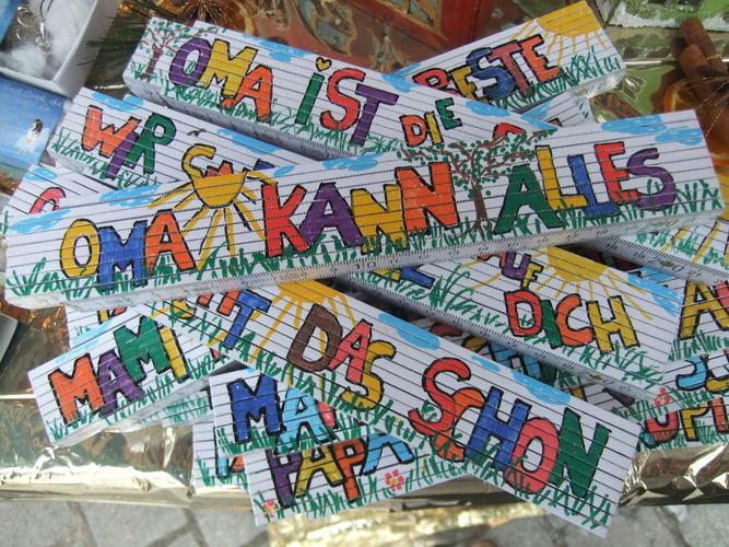 Makerist - Bemalte und beschriftete Zollstöcke/Maßstabe für den/die HandwerkerIN - DIY-Projekte - 1