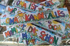 Makerist - Bemalte und beschriftete Zollstöcke/Maßstabe für den/die HandwerkerIN - 1
