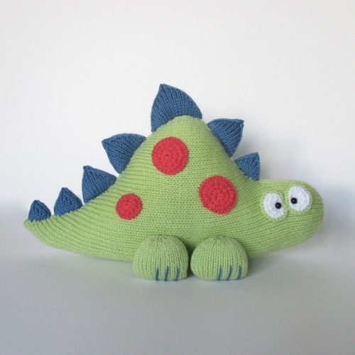 Makerist - Clarence the Dinosaur - Knitting Showcase - 1