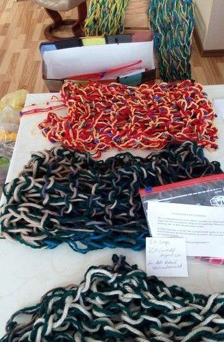 Makerist - Ein Loop durch Fingerstricken hergestellt - DIY-Projekte - 2