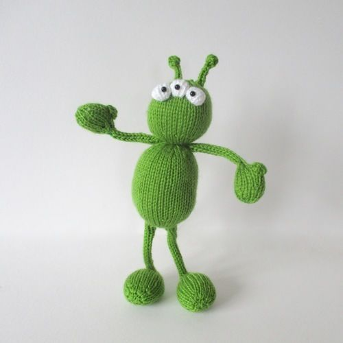 Makerist - Alien Adventure - Knitting Showcase - 1
