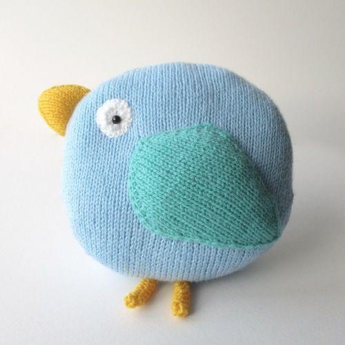 Makerist - Bella Bird Cushion - Knitting Showcase - 1