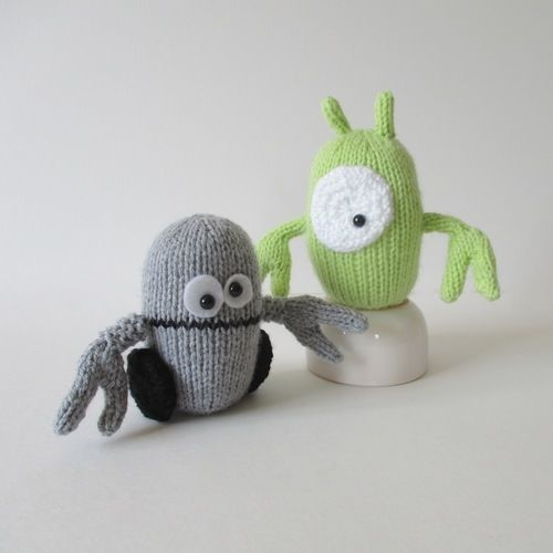 Makerist - Alien and Robot - Knitting Showcase - 1