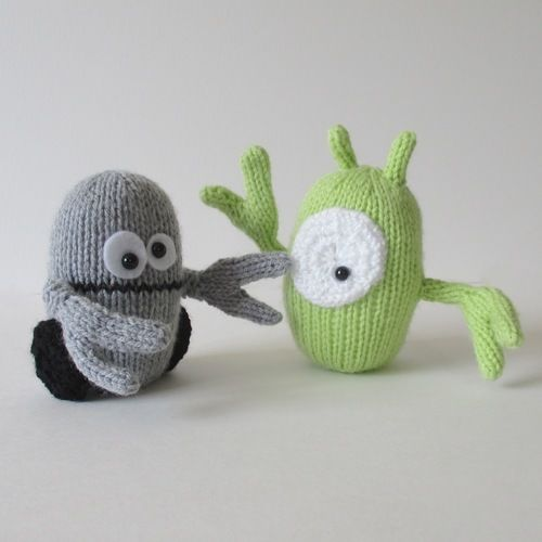 Makerist - Alien and Robot - Knitting Showcase - 2