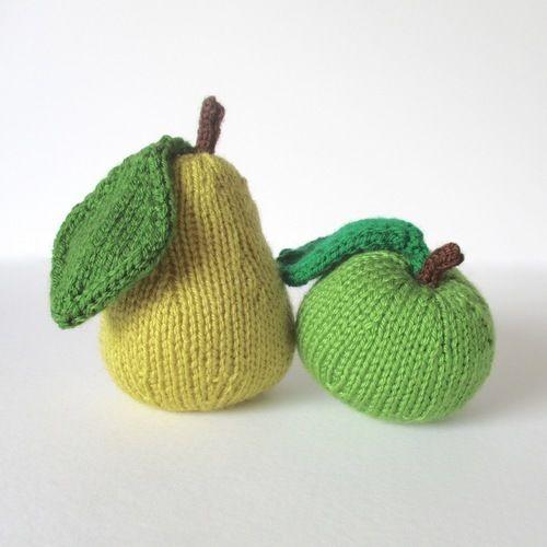 Makerist - Apple and Pear Pincushions - Knitting Showcase - 1