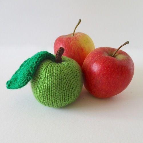 Makerist - Apple and Pear Pincushions - Knitting Showcase - 2