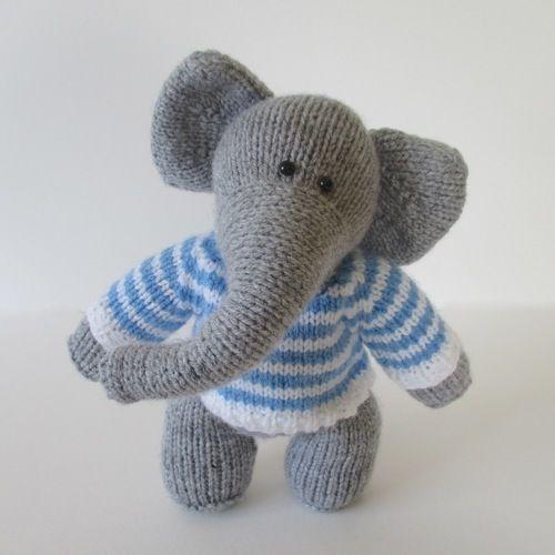 Makerist - Wellington the Elephant - Knitting Showcase - 1