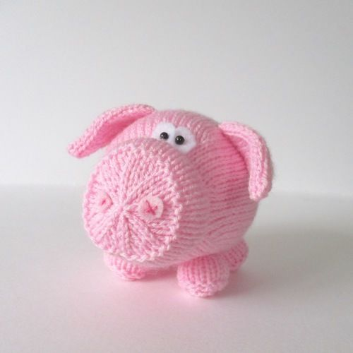 Makerist - Twiglet the Piglet - Knitting Showcase - 1