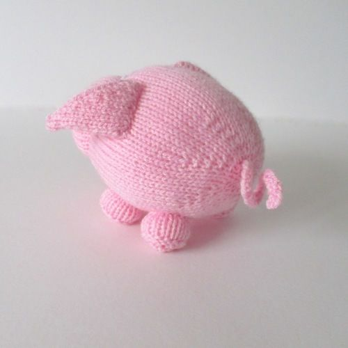 Makerist - Twiglet the Piglet - Knitting Showcase - 3