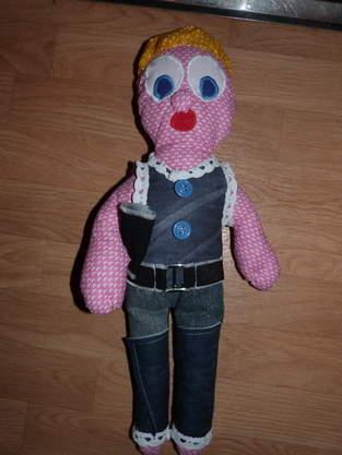Makerist - Jolie poupée - 1