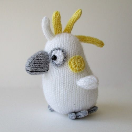 Makerist - Colin the Cockatoo - Knitting Showcase - 1