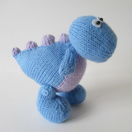 Makerist - Dippy the Dinosaur - Knitting Showcase - 1