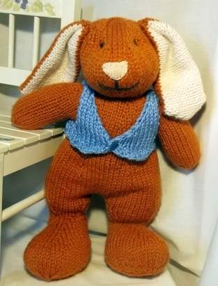Makerist - Big Bunny toy knitting pattern - 1