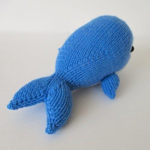 Makerist - Bob the Blue Whale - Knitting Showcase - 3