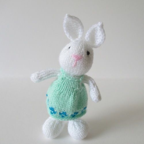 Makerist - Bramble Bunny - Knitting Showcase - 2
