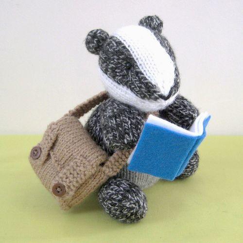 Makerist - Brompton Badger - Knitting Showcase - 1
