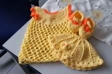Makerist - Babykleid,  Schuhe und Mützchen für Mädchen  - 1
