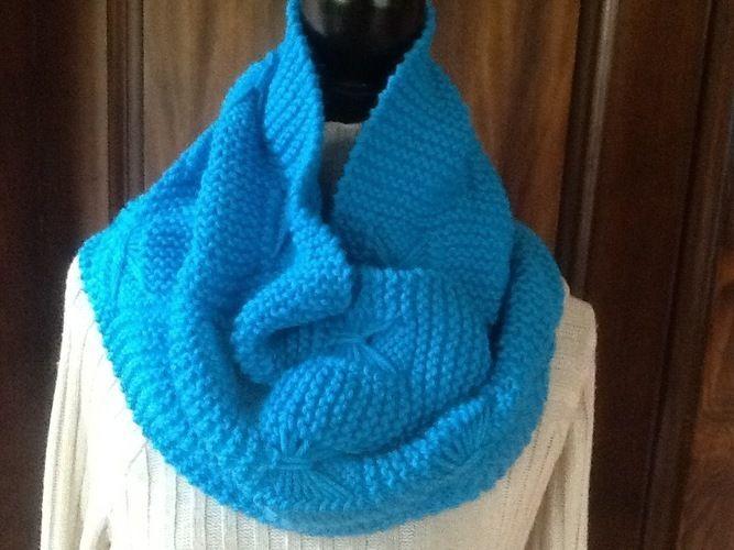 Makerist - Echarpe  tour de cou en laine - Créations de tricot - 1