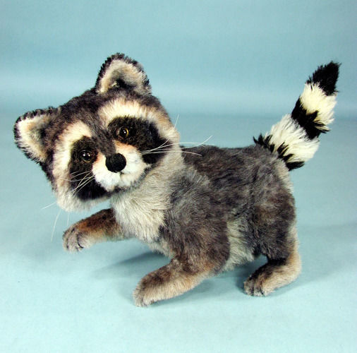 "Makerist - 10"" positionable alpaca collectible raccoon  - Sewing Showcase - 3"