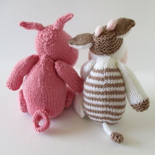 Makerist - Chutney Cow and Pickles Pig - Knitting Showcase - 2