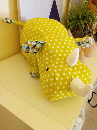 Makerist - Peluche Rhino - Créations de couture - 2