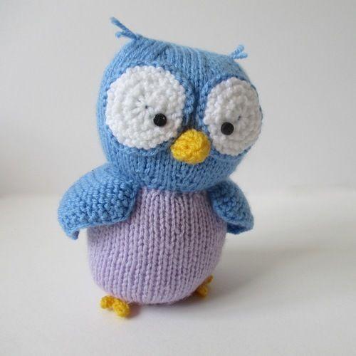 Makerist - Hoots the Owl - Knitting Showcase - 1