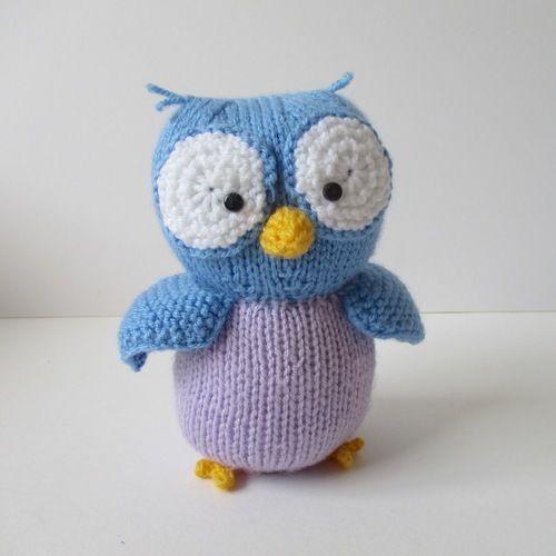 Makerist - Hoots the Owl - Knitting Showcase - 2