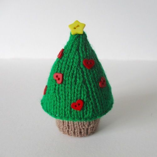 Makerist - Christmas Tree - Knitting Showcase - 1