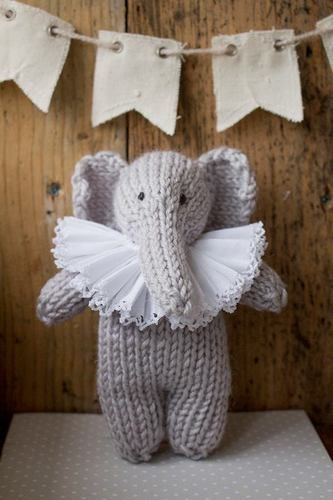 Makerist - Enid Elephant - Knitting Showcase - 1