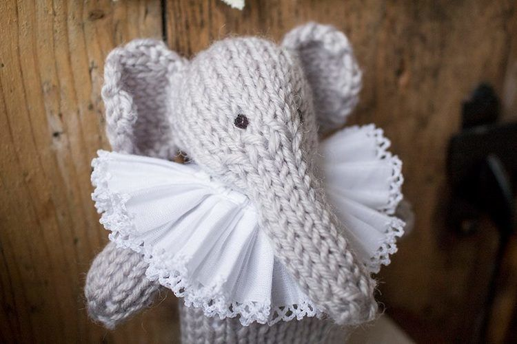 Makerist - Enid Elephant - Knitting Showcase - 2