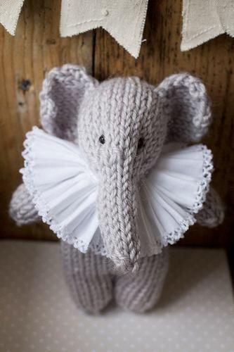 Makerist - Enid Elephant - Knitting Showcase - 3