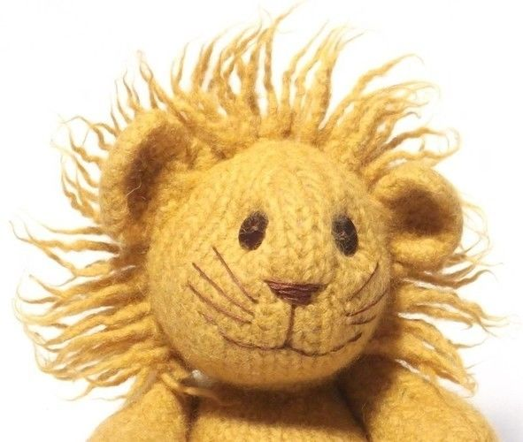 Makerist - Felt Lion - Knitting Showcase - 1