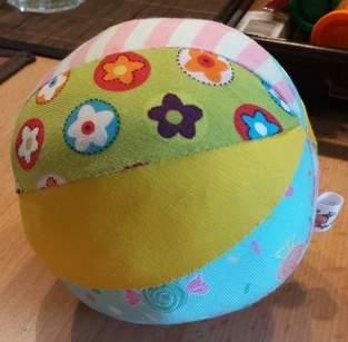 Spielball für Babys