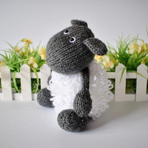 Makerist - Loopy Sheep - Knitting Showcase - 2