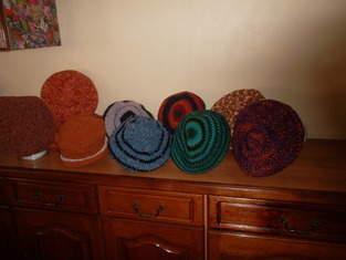 Makerist - Bérêts et bonnets réalisés au crochet - 1
