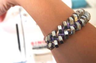 Armband aus Schraubenmuttern