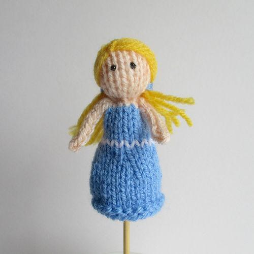 Makerist - Goldilocks Finger Puppet - Knitting Showcase - 2