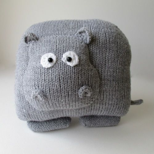 Makerist - Hippo Cushion - Knitting Showcase - 1