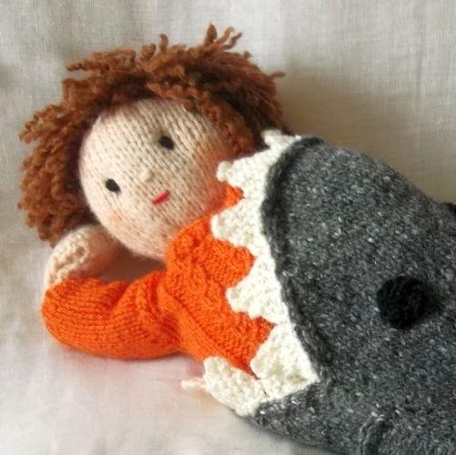 Makerist - Shark Attack dolls blanket - Knitting Showcase - 3