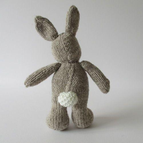 Makerist - Pip the Bunny - Knitting Showcase - 2