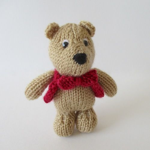Makerist - George Bear - Knitting Showcase - 1